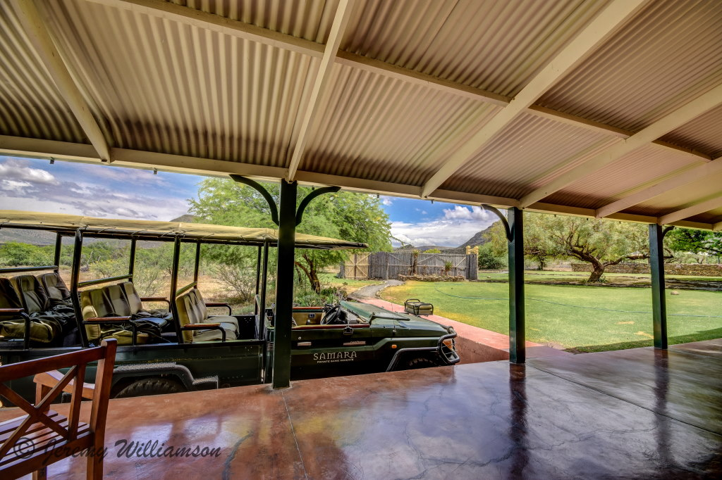 Karoo Lodge - Samara Private Game Reserve
