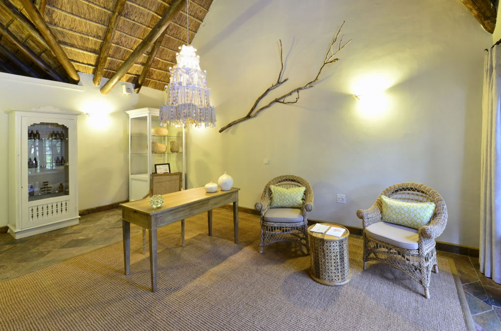 Lobengula Lodge - Shamwari Game Reserve - Greater Addo Reservations